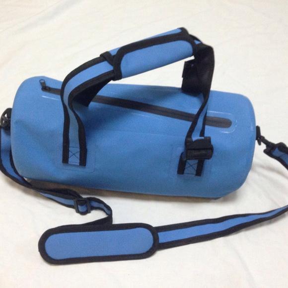 Waterproof handbag, water pr