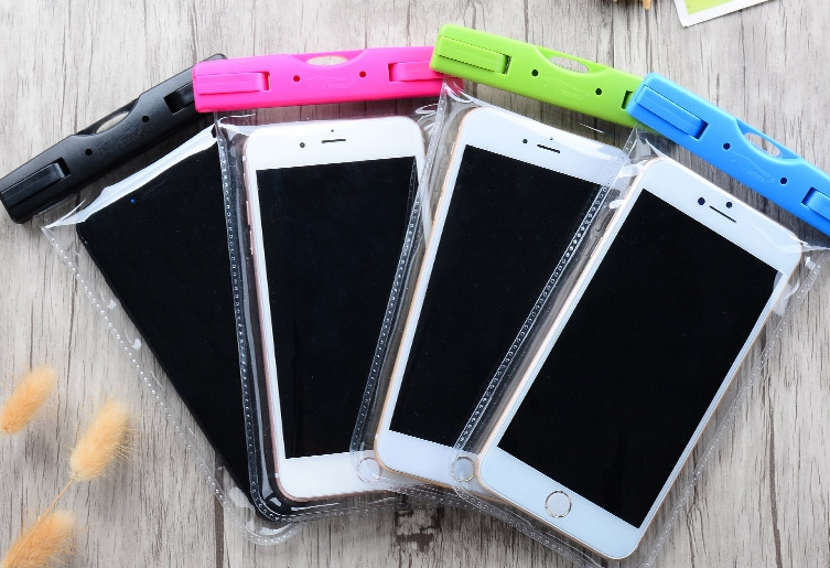 Waterproof mobile phone Pouc
