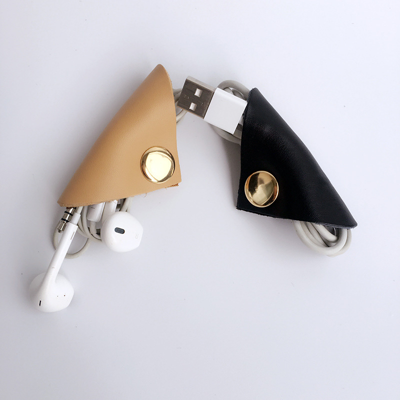 Cow leather earphone snap